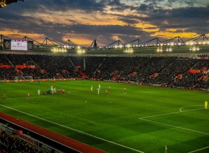 Southampton ser til Argentina